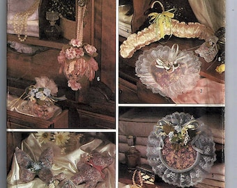 Potpourri bags, animals, sachets Pack / Original Simplicity Crafts Uncut Sewing Pattern 8601