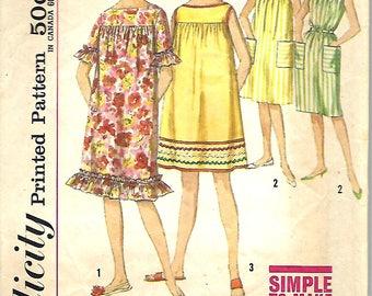 1960's Simplicity 4512 Misses Muu Muu or Dress and Beach Dress Pattern, Size 12, Bust 32