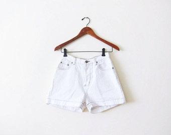 90s Shorts / White Denim Shorts / High Waisted Shorts / Vintage White Shorts / Summer Shorts / Womens Jean Shorts / Shorts 26