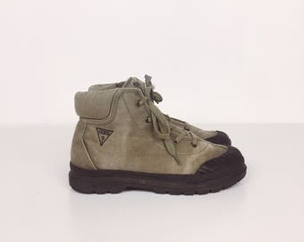 Vintage Guess Jeans Grunge Canvas Army Green Khaki Lace Up Ankle Boots // Women's size 6 6.5 7 7.5