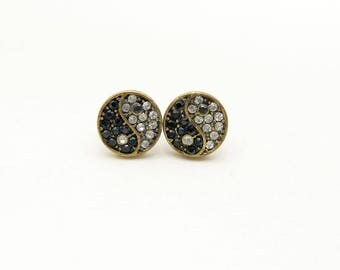 Earrings yinyang, Stud yinyang
