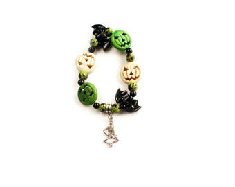 Green Stretch Bracelet - Skeleton Charm - Bat Charm - Stretch Bracelet - Green Witch - Halloween Bracelet - Green Jewelry -Boho Bracelet
