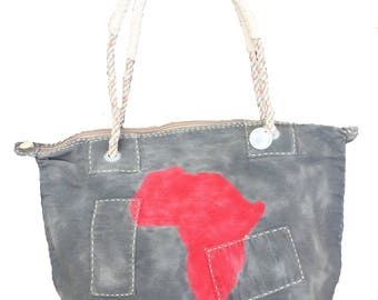 Ali Lamu Medium Weekend Bag Charcoal Africa Red