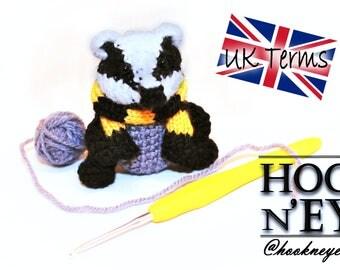 Amigurumi Badger Pattern wearing Hufflepuff Inspired Scarf, UK Crochet, Pattern Only, Download,  Amigurumi Doll, Mini, Hogwarts Inspired