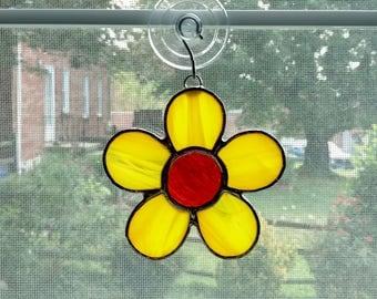 Stained Glass Flower Suncatcher, Yellow Flower, Daisy Suncatcher, Boho Flower, Hipster Gift, Get Well Gift, Hostess Gift, Housewarming Gift