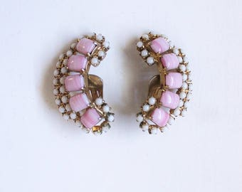 Ear climbers, earrings, vintage, 1950s, clip ons, antique, pink, white, signed La Rel, Excellent condition
