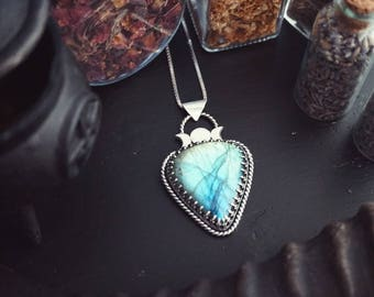 Triple Moon Goddess Sterling Silver Labradorite Pendant - Witch - Labradorite Necklace - SilverSmith Pendant - Gothic Jewelry