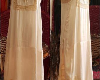 Vanilla 1920s pure silk lace flapper negligee slip dress vintage antique gatsby wedding gown 1920s excellent condition