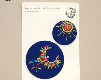 Duo Icar embroidered brooches