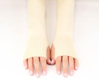 Cashmere Wedding Gloves, Bridal Arm Warmers, Wedding Wrist Warmers, Handmade Cashmere Gloves, Upcycled Cashmere, Eco Friendly, Ivory Cream