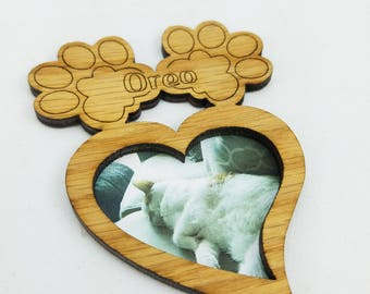 Pet Magnet Photo Frame - Personalized with Any Name - 10 Color Options (Shown in Oak)