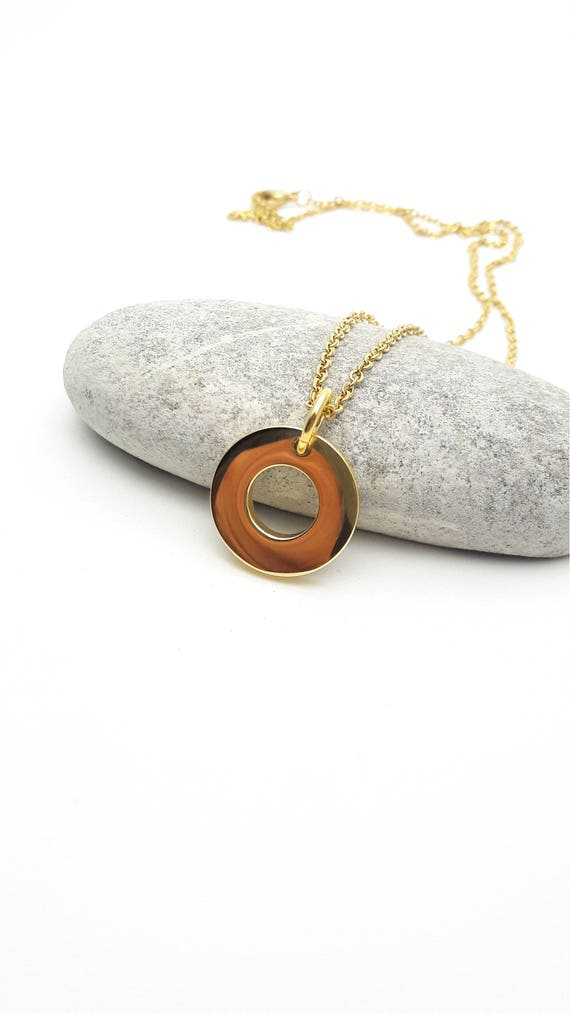 Gold stainless steel washer Necklace//Yellow gold ring loop necklace//Minimal round necklace//Hypoallergenic surgical steel circle necklace