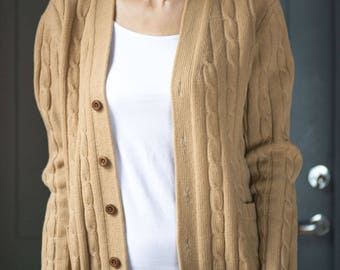Geelong LambswoolCardigan Beige women plait sweater size M Granny cardigan Leather buttons long sleeve cardigan Mid century fashion Italy