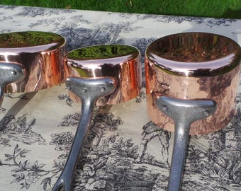 French Copper Pans Set of Three Made In France 1mm Graduated Pans Cast Iron Handles Tin Lined Excellent Condition Super Starter Student Set