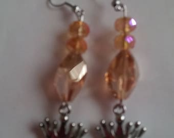 Fairy Tale Collection Queen of Hearts Crowns Earrings