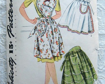 Vintage 50s Heart Shaped Bib Apron.  Simplicity Sewing Pattern 4825 Size Medium, 16 -18