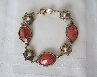 Vintage Bracelet SIGNED ACCESSOCRAFT Coral Glass Faux Pearl