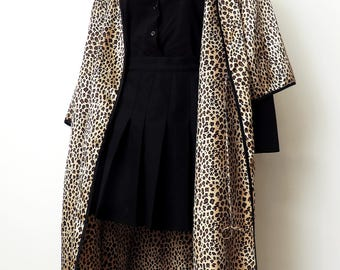leopard print satin robe. size large.
