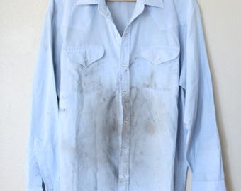 vintage distressed 1970's chambray western blue pearl snap button up shirt