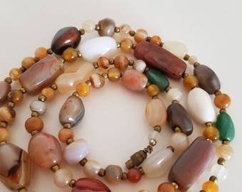 Long Agate Bead Necklace, Vintage from the 1970s.