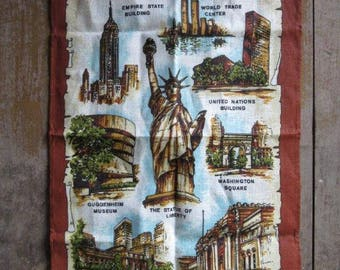 Vintage New York City Tea Towel, Unused, Irish Linen,Wall Hanging Towel,New York City Landmark,Souvenir,World Trade Center,Statue of Liberty