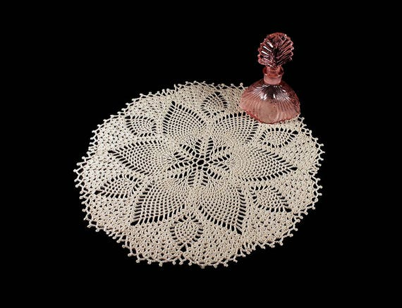 Crochet Doily, Round, 13-inch, Ecru (Natural), Crochet Mat, Crochet Lace, Fine Art Crochet, Blooming Pineapple