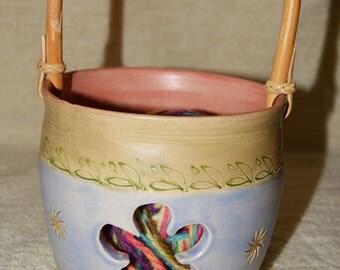 Flower Yarn Bowl, Handled Yarn Bowl, Stoneware, Bamboo Handle, Yarn, Knitting, Crocheting, Blue, Sage, Pink, Sun, Leaves,