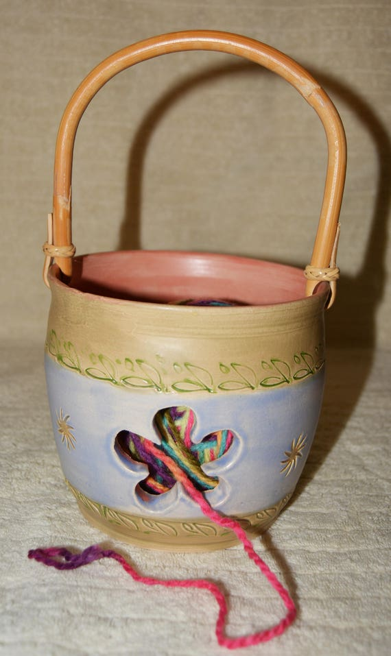 Flower Yarn Bowl, Handled Yarn Bowl, Stoneware, Bamboo Handle, Yarn, Knitting, Crocheting, Blue, Sage, Pink, Sun, Leaves,
