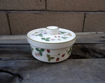Vintage Wedgwood Wild Strawberry Covered Casserole Dish, Ramekin, Single  Serving Size, Dining And