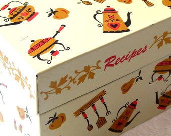 Vintage Recipe Box. Recipe Box. Metal Recipe Box. Recipe Holder. Recipe Tin. Vintage Tin. Vintage Recipe Cards. Card Box. Vintage Kitchen.