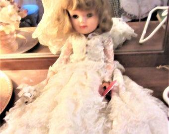 "Bride 18"" vintage 1950's high heel Doll Efffanbee dress bridal Wedding Gown"