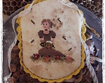 Queen Bee - PDF Cross Stitch Pattern