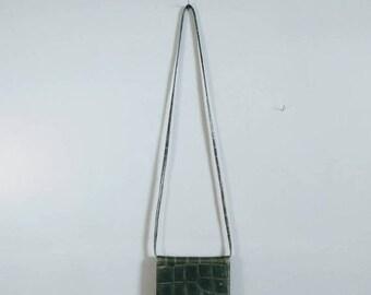 SALE vintage faux crocodile skin mini crossbody handbag in green