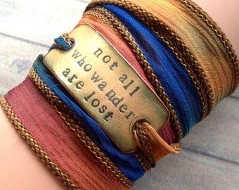 Très Silk wrap bracelet | Etsy OI46