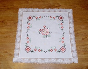Polish white hand embroidered square floral traycloth vintage Multicolour Flowers Embroidery Hand made White Table top flowery dresser scarf