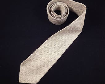 1960s Light Silver Grey Skinny Silk Damask Tie by Sphinx