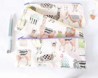 LLAMA PENCIL POUCH. Cactus & Alpaca Llama Zipper Bag. School Supply. Cute School Stuff. Cactus Bag for School. Pencil Case. Llama Love.
