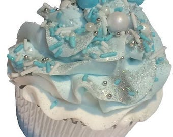 Pearl Necklace Cupcake Bath Bomb
