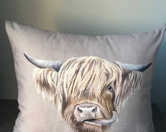 Highland cow cushion 40cmx40cm