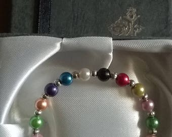 Handmade multicoloured bracelet