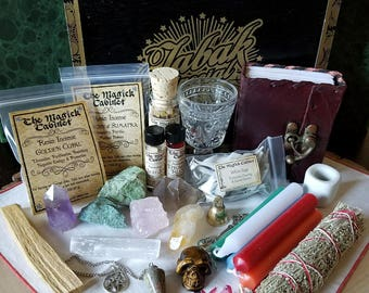 Witchcrat Altar Kit, Wicca Altar Kit, Male Witch Kit, Witch Altar, Traveling Altar, Crystals, Witch Kit, Wicca Supply Kit, Apothecary