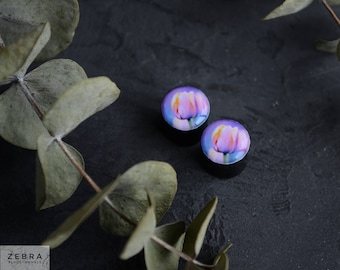 Pair plugs flower tulip image ear wood gauges 4,5,6,8,10,12,14,16,18,20-60mm;6g,4g,2g,0g,00g;1/4,5/16,3/8,1/2,9/16,5/8,3/4,7/8,1 1/4,1 9/16""