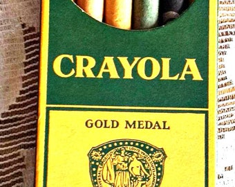 Vintage Crayola Crayons Gold Medal School Crayons Made in USA Waterproof Permanent in Six Colors Binney & Smith Co.