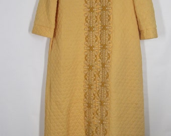 Gossard Artemis Beautiful Yellow Long Quilted Robe w/Gorgeous Embellished Embroidery.........Size 10