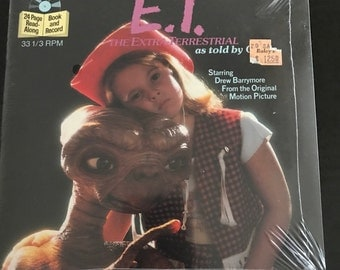 ET 33 1/2 Read along Book and Record. Presented by Disney and starring Drew Barrymore. NEW Unopened. Excellent Condition