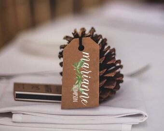 wedding tags/ name tags/ place card tags/ wedding favors/ rustic place cards/ rustic wedding decor/ table decor/ table holders/ name tags