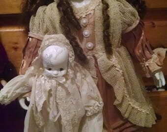 """25"""" Porcelain Mother and Child Doll"""