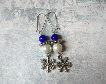 Blue white glass snowflake earring bright white snow queen icy frozen earring woman Snowflake pearl holiday festive girl winter jewelry gift