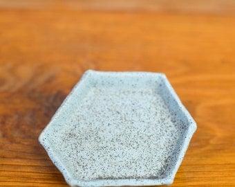 Geometric Ring Dish