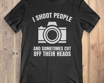 Photographer T-Shirt Gift: I Shoot People Photography